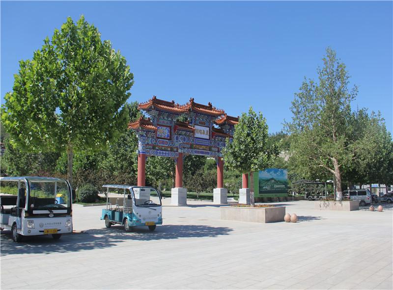 灵山宝塔陵园环境